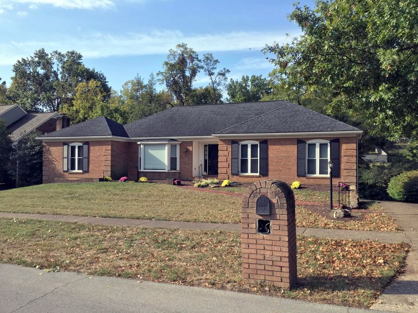 GREAT VALUE for this HARD TO FIND East End (Inside the Watterson) Walk-Out Ranch with 4 Beds; 3.5 Baths & almost 3700 SFT FINISHED LIVING SPACE at such an AFFORDABLE PRICE!!  Living in INDIAN HILLS is a Lifestyle Choice that provides a Unique Combination of Maturity; Space and Convenience... Lighted Sidewalks & Speed Monitored Streets make...