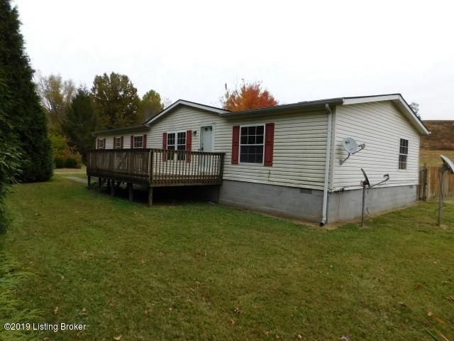 This property is a 3 bedroom 2 full bathroom manufactured home located on just under an acre of land. The property also includes a livingroom, dining room, kitchen, and separate utility room. Call today to schedule your appointment!
