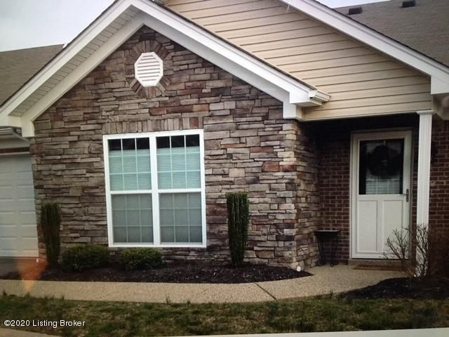 Beautiful patio home. Split floor plan with three bedrooms, 2 full baths and open concept. Laminate flooring throughout living area, carpet in bedrooms.Washer, dryer and refrigerator do not stay with property.