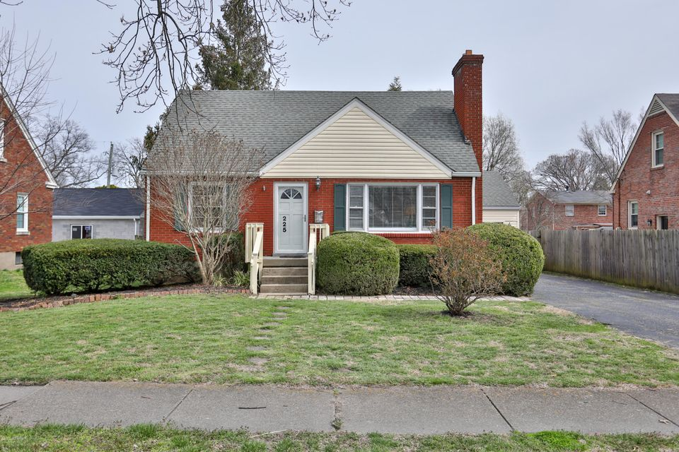 You will love coming home to this charming St Matthews Cape Cod! This updated home has lovely oak hardwood on the first floor, large windows with lots of light, tons of character with glass doorknobs and original solid wood doors. Recently remodeled with kitchen open to the dining room. The kitchen has been updated with granite countertops,...