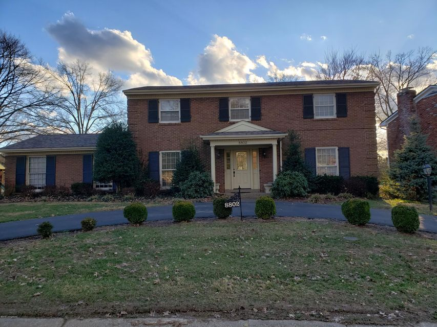 WELCOME TO HURSTBOURNE. THIS HOME IS LOCATED RIGHT OFF SHELBYVILLE RD. IT HAS BEEN UPDATED WITH GRANITE IN KITCHEN, HARDWOOD FLOORS, FRESH PAINT. NEW LIGHT FIXTURES. CIRCLE DRIVE. FENCED REAR YARD. FINISHED BASEMENT WITH A LIBRARY. PERFECT LOCATION AND NEIGHBORHOOD.