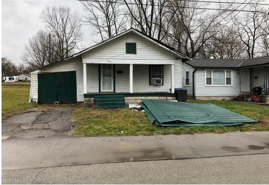 A GREAT investment opportunity in a GREAT growth area styled neighborhood.**HUGE LOT FOR DEVELOPMENTPlease contact the listing agent for all showings. Private appointments only due to current COVID-19 PANDEMIC