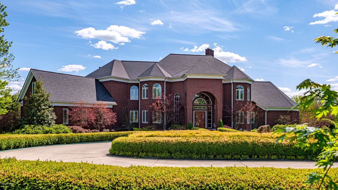 Gorgeous custom built estate home situated on just over 20 acres in the gated community of Bridgemore Estates. Upon entering the gated driveway you are welcomed with a beautifully landscaped circular driveway and fountain feature. Entering the 12,223 sq ft primary home you'll find 6 bedrooms and 10 baths. A one story beautiful custom made...