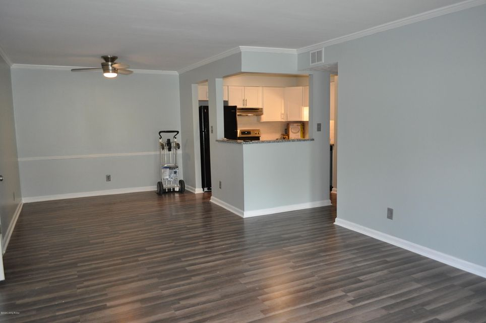 Completely renovated 2 Bedroom, 2 Full Baths Condominium in the beatuiful neighorhood of Hunting Creek. Don't let this opportunity pass you by Schedule your private showing today. Brand new appliances to remain.