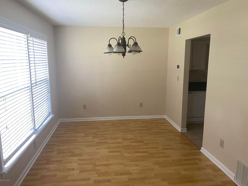 Schedule a showing to see this 2 story townhome in an excellent location off Westport Rd! Washer and dryer included! This townhouse features hardwood floors in dining and living area, tile in the kitchen and bathrooms, and updated white cabinetry.