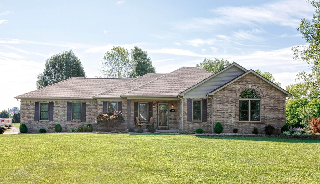 Located only minutes from I65, this Forest Springs home will blow you away with all the updates it has to offer.  As you enter the home you will be greeted by a completely updated family room and kitchen that is perfect for hosting friends and family.  The kitchen will not disappoint as each area was meticulously thought out and designed to...