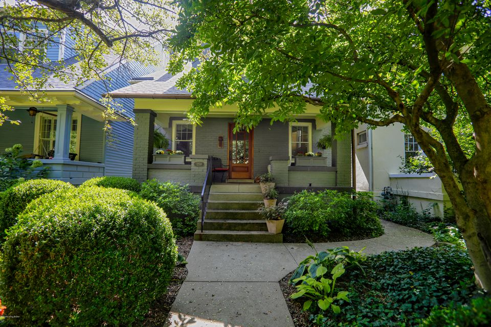 Located on one of the most desirable and quiet blocks in the Cherokee Triangle, steps from all the restaurants, boutiques, entertainment and options available in the Highland's and Olmsted's Cherokee Park. This home underwent an extensive renovation which involved a kitchen expansion and the creation of a rear family room with new casement...
