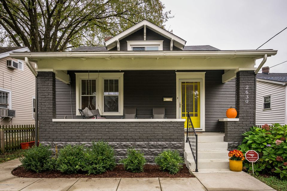 First Showing / Open House Sunday, November 1st, 2020 from 2-4 PM. Don't miss this charming 2-3 bedroom, 1 full bathroom, 1008 sq.ft. Craftsman bungalow in idyllic Crescent Hill!From the picket fence, to the spacious front living porch, to the original hardwood floors, and the antique clawfoot tub one can't help but think of a bygone era of...