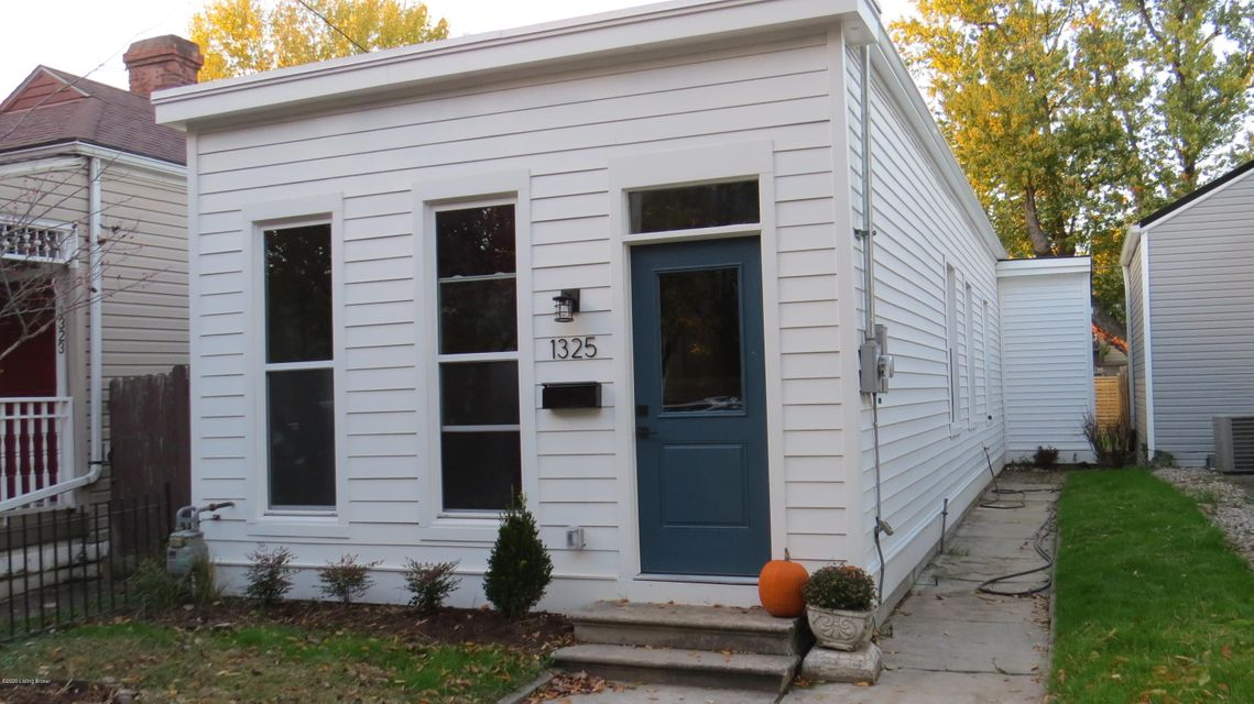 Exceptional opportunity to own this stylish fully renovated 1 story home in the original highlands.  Like new historic home in the shadows of restaurants, breweries, coffee shops and downtown Louisville.  Gorgeous new kitchen has new cabinets, solid surface counter tops, new appliances & new lighting.  New bath, new windows, new furnace, air,...