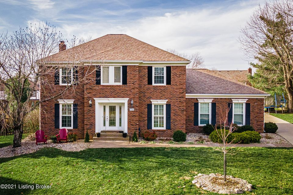 Welcome home to this lovely, all brick, updated, open floorplan, in beautiful Hunting Creek Country Club Community.  A few of the features include grand two-story open foyer, marble entry with leaded glass door & sidelights, allowing light to brighten up your days.  Hardwood floors shine throughout the 1st floor, 3 of the upstairs bedrooms...
