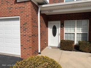 VERY OPEN FLOOR PLAN! 2 bedroom, 2 bath condominium with hardwood floors in kitchen, dining room & great room. master bath has walk-in shower. Condo also comes with 1 car attached garage!*Water/Sewer & Trash included!!-NO Smoking!-Pet under 35 lbs considered with required deposit and vaccination records.(Information deemed reliable but not guaranteed. Resident to verify all information.)