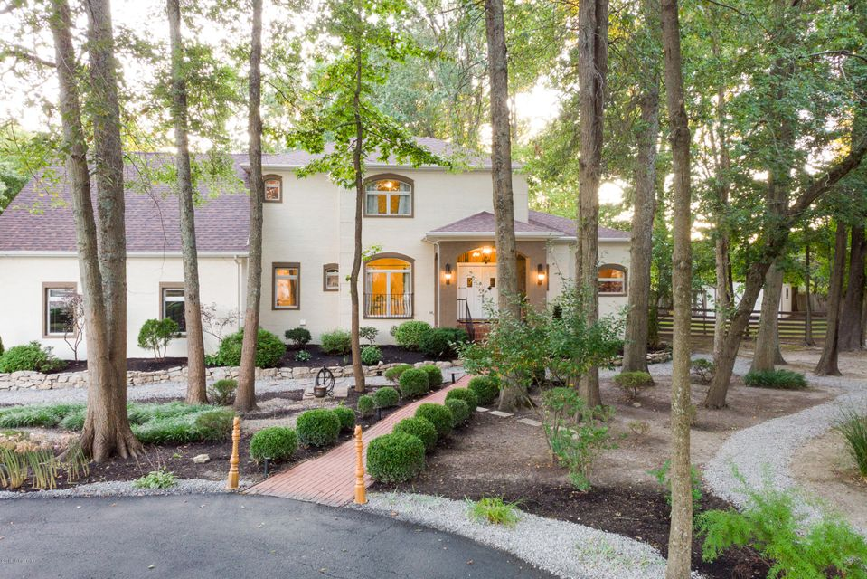 This luxurious, completely updated, custom built, 2-story Mediterranean-style retreat is nestled quietly in the highly coveted Anchorage School District (see supplement for more detail on Anchorage). Across from Crosby Park, On a quiet cul de sac, the new owner will enjoy a meticulously landscaped 1.2 acres. This home has been completely refreshed:...