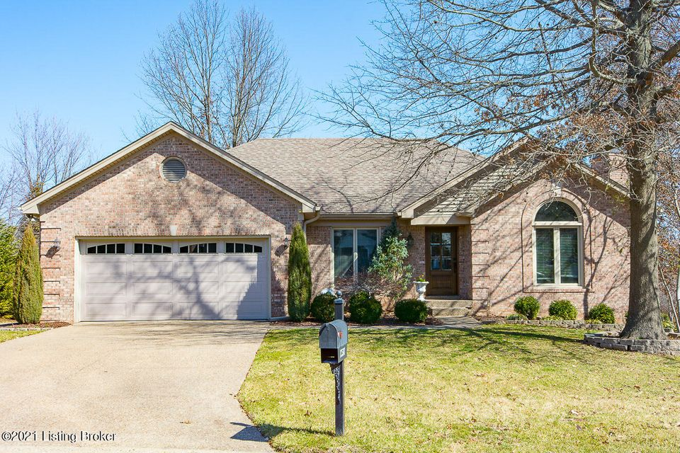 COMPLETELY RENOVATED walkout ranch on cul-de-sac lot in the desirable Forest Springs community! Natural light streams into the entry foyer through the glass paneled solid wood door where you are greeted with a board & baton trimmed wall, & hardwood floors that flow through the entire first floor. The vaulted great room features custom built-in...