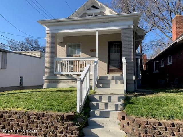 2 Bedroom/ 1 Bath House includes stove and refrigerator, washer/dryer hookups, off-street parking Ornamental fireplace, original hardwood floors. Partial finished basement with plenty of rooms and extra storage. Will consider a small pet with a $250 non-refundable pet fee Rent $995 Deposit $995$35 Application Fee- NO PERSONAL CHECKS Documents: Proof of Income. Household income should 2.5 X the monthly rent (Net Income). If the income level is based on two or more people working in the household, we will need an application for each.