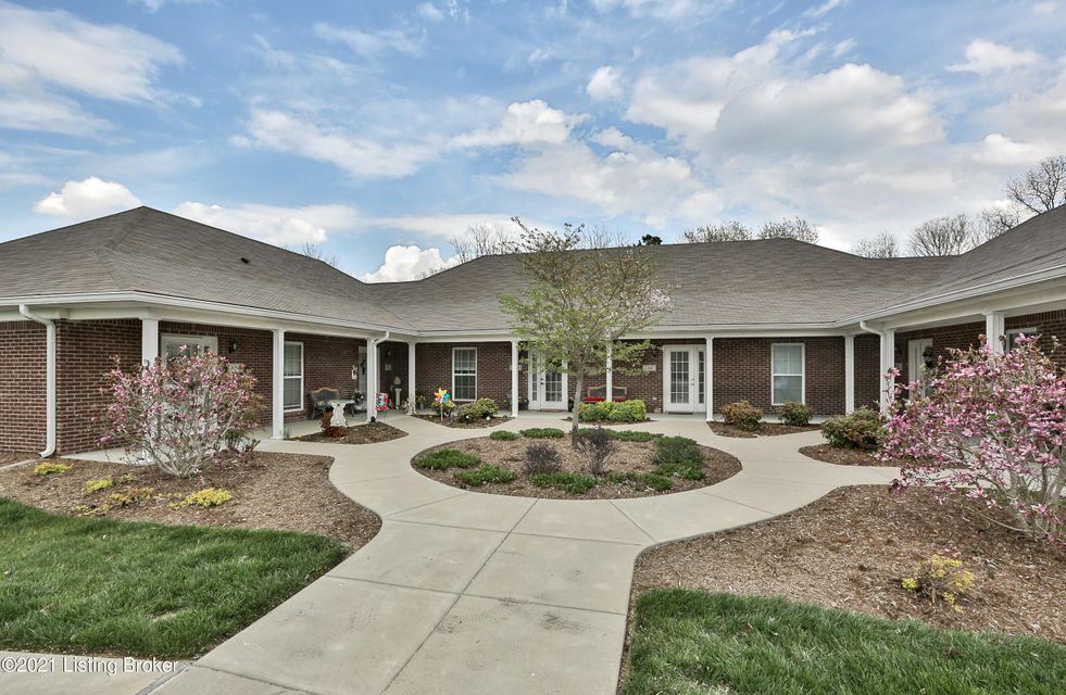 Don't miss your chance to live in Garden Pointe in the coveted city of Simpsonville, KY. This 2 bedroom and 1 1/2 bath patio home is very well-maintained. The Refrigerator, Dishwasher, and Stove were newly installed in 2019. There are TWO living spaces with Living Room in the front and Den in the back! The association maintains the outside and has plenty of common space. There is even a club house, and a community fishing pond! This one will go fast!