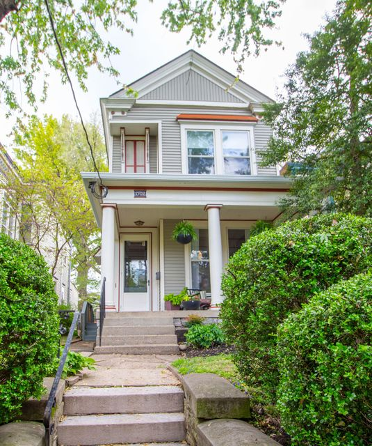 This thoughtfully updated and meticulously maintained 3BR/3BA Victorian has it all! Not to mention the endless possibilities the Modern Carriage House, with separate studio apartment, private deck, and full bath has to offer! The main residence is gracious and refined, with soaring 10.5' ceilings, inlaid oak flooring, chic lighting, oversized...