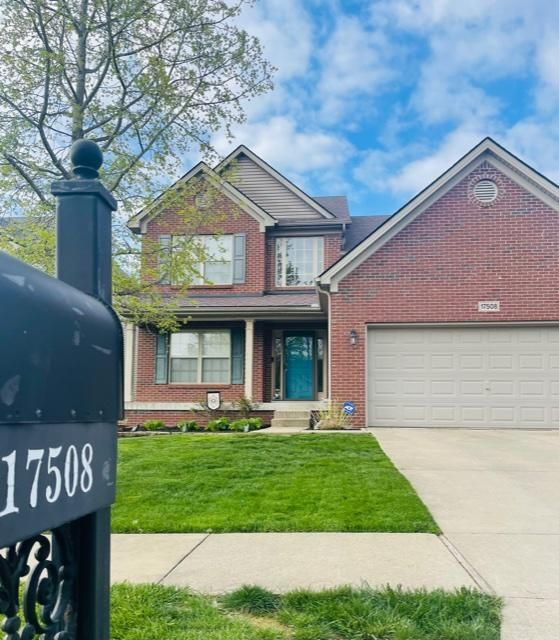 Gorgeous 1.5 story featuring 4 bedrooms, 2.5 baths in highly sought after Polo Fields located in the East End of Louisville, KY! This incredible home is much larger than it looks and delivers more space than you could ever need! Once inside, this home greets you with a soaring 2 story foyer and great room complete with a custom fireplace-...