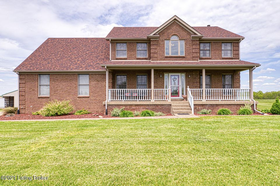 Spread Out & Relax while taking in the Breathtaking Views of miles of the stunning country land in sought after Shelby County!  This Comfortable 4/5 BR, 2.5 Bath home sits in the center of a 7.5 acre, virtually level corner lot!  Home features solid oak flooring, cabinets, trim, moldings, doors & more throughout the main level. The large Family...