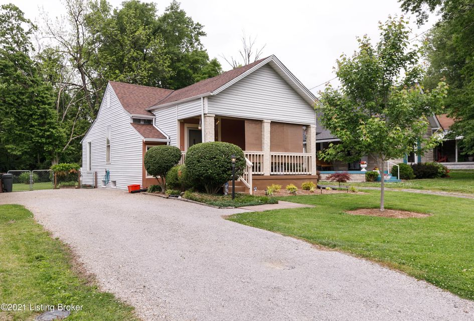 Welcome home to 4624 Cliff Ave! This beautiful, well maintained home has amazing curb appeal! This ranch home offers large sized rooms and a basement. The eat-in kitchen has plenty of cabinet space. The back yard is fully fenced and would be great for entertaining. Schedule your showing today!