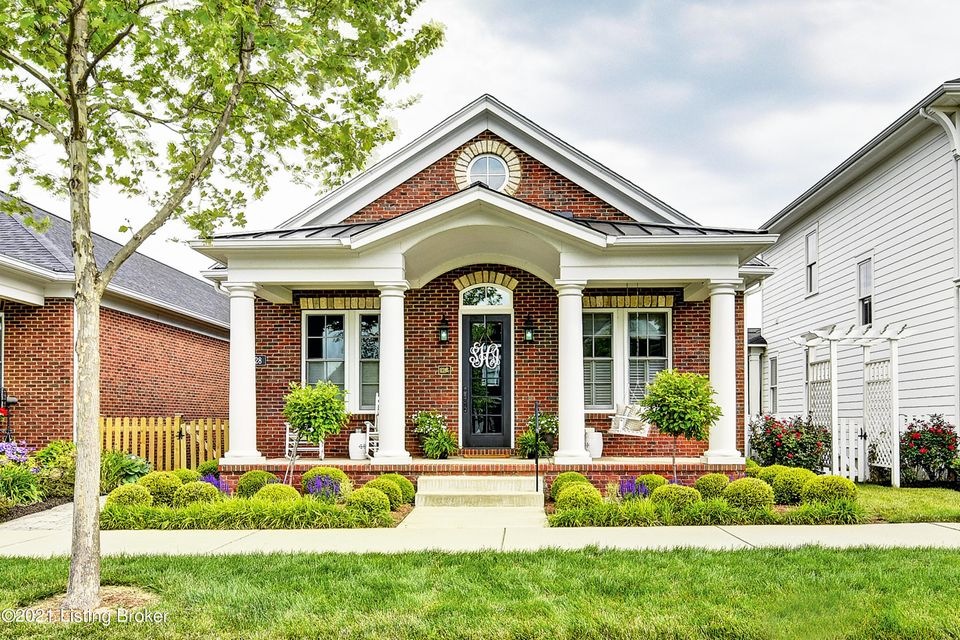 When only the best will do. This showplace all-brick ranch-style home is designed for the discerning buyer and located in the ultra-desirable Norton Commons neighborhood. With afriendly front porch overlooking Emerald Park, you'll experience the best in upscale design in this 2016 Homearama home built by Lyons, and aptly described as ''The...