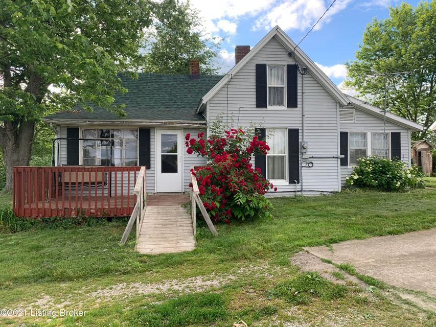 Take a look at this 3 bedroom, 1 full bath home on approximately 4.5 acres.  Kitchen with stove and refrigerator to remain.  Washer and Dryer to remain as well. Dining room, living room and a bonus room.  The detached garage with screened patio area has a separate electric meter.  Some of the acreage is fenced.  Make your appointment today...