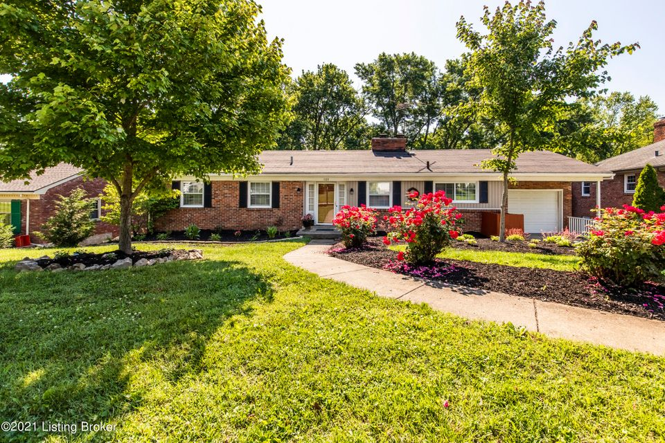NEW LISTING!!!!! Come see this beautiful, spacious home located in the desirable subdivision of Broadfields!  This home boasts new landscaping, beautifully refinished hardwood floors on the main level, new carpet, fresh paint, and a large, updated primary bathroom.  With 2 decks and a screened in porch, there is ample room to enjoy the lovely backyard view.