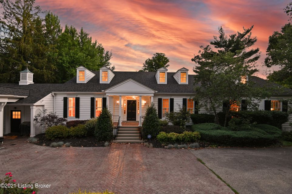 Remodeled by noted architect, Stratton Hammon, and featuring an addition by Tim Winters, this stately River Hill home offers the opportunity to own a private piece of Louisville's rich architectural history in one of the city's most sought-after neighborhoods. Nestled on over four verdant acres with rolling lawn, mature trees and heated in-ground...