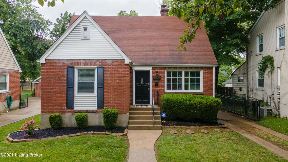 Beautiful and renovated brick cape cod in St. Matthews. This home features hardwood floors, and an updated kitchen with stainless steel appliances. The open dining and kitchen area walks out to a deck overlooking an oversized yard. The 2nd floor is home to the massive owners suite and gorgeous bathroom. Tons of updates to this home including:...