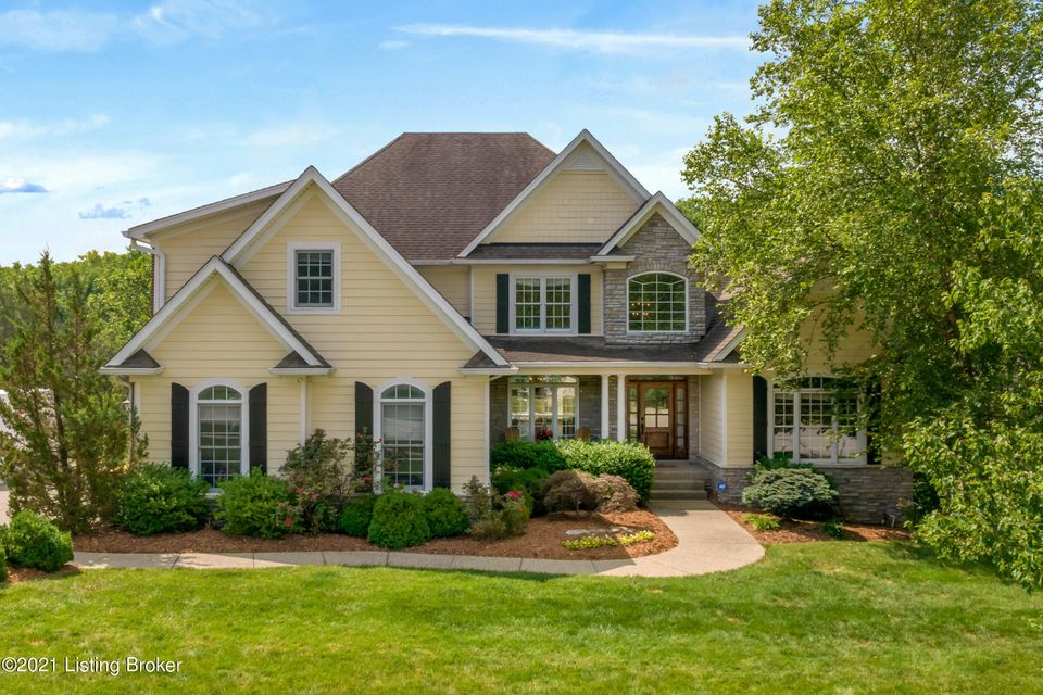 Architecturally fresh with understated elegance, this 1.5 story walkout is located in Longwood with easy access to North Oldham School Campus. Welcome guests at the covered entry and into the stunning two-story foyer that is open to the formal dining room, office, and great room.