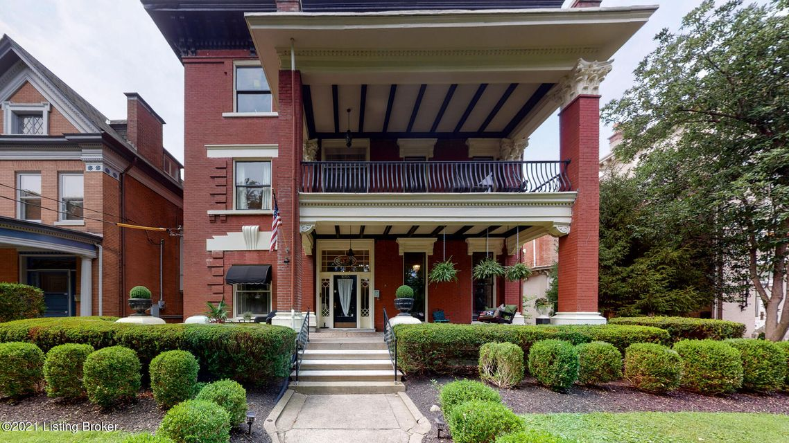 Prepare to be dazzled with splendid views of historic Cherokee Rd from the most spectacular balcony in the Triangle! This incredible 2nd floor condominium is sure to impress, from the attractive front porch to the 2nd floor foyer, showcasing high ceilings, wood floors & large windows overlooking mature tree top views. Grand rooms, peppered...