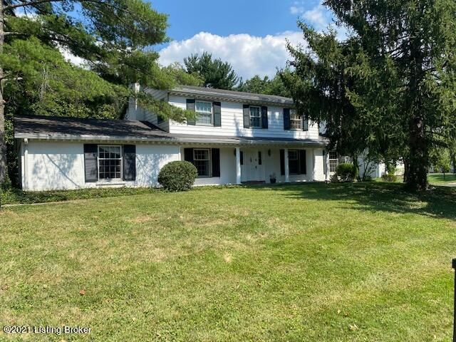 Sought after Riverwood neighborhood Home with lots of potential. Great house that would be perfect to make your forever home or next investment project. 2 car Garage. Nice Private Backyard on a nice sized lot.