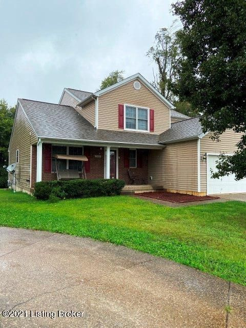 Welcome Home to 5410 Bannon Crossing. Features a 1st floor Primary Suite and Laundry. A spacious Living room with Vaulted ceiling. Upstairs you will find two more bedrooms, a Loft area and full Bath. The unfinished basement houses the mechanicals of the house. Convenient location to shopping, Entertainmentand schools. No Neighbors behind you.