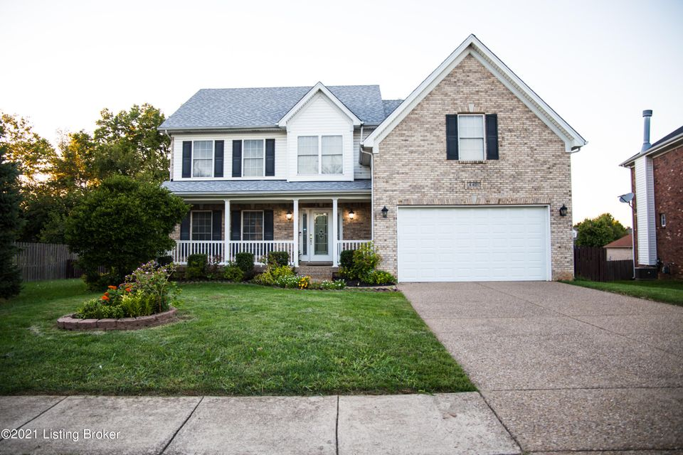 This comfortable and inviting 2-story home in Forest Springs North offers approximately 3400 square feet of living space, and a great community where you can choose to take advantage of the Swimming Pool, Tennis courts, and Clubhouse if you like. Features include a spacious Great Room with gas fireplace, flanked by built-in cabinetry, and...