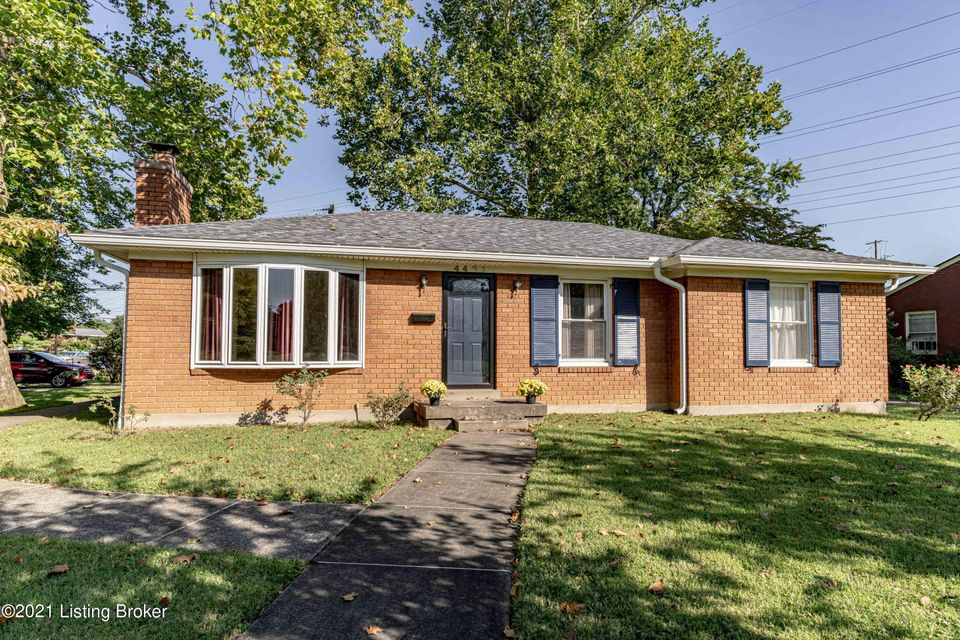 Reduced! Welcome to this beautiful corner lot home in Woodlawn Park. This home features 3 bedrooms and 1.5 bathrooms along with a partially finished basement and carport and is located close to shopping, groceries, hospitals, schools, expressways and entertainment. Recent updates include: roof and gutters, refinished original hardwood floors,...