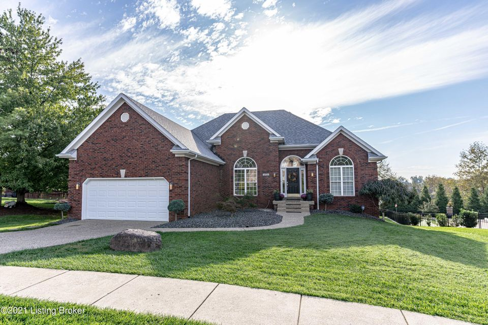 Welcome home to this beautiful split floor plan ranch home w/4BR, 3 Full BA, 2 car garage and inground POOL!! The main level features hardwood floors, great room, dining area, renovated kitchen w/granite, top of the line stainless steel appliances, and other upgraded features including toe kick drawers, built in silverware caddies and more!...