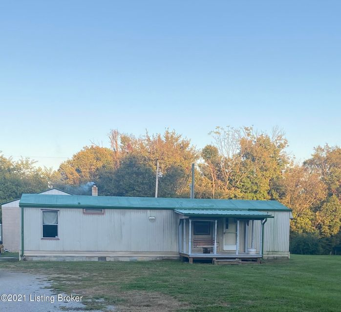 Welcome to 193 Applegate Run!! This property offers approximately 9.9 acres of usable land offering electric service on the property and water hookups at the road. The land currently has a 2.5 car garage/shop with electric and a poured concrete floor. The shop is also insulated! Property features a metal pole barn with two stalls and a tac...