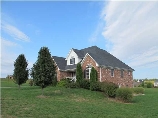 4807 Sycamore Run Cir, La Grange, KY 40031