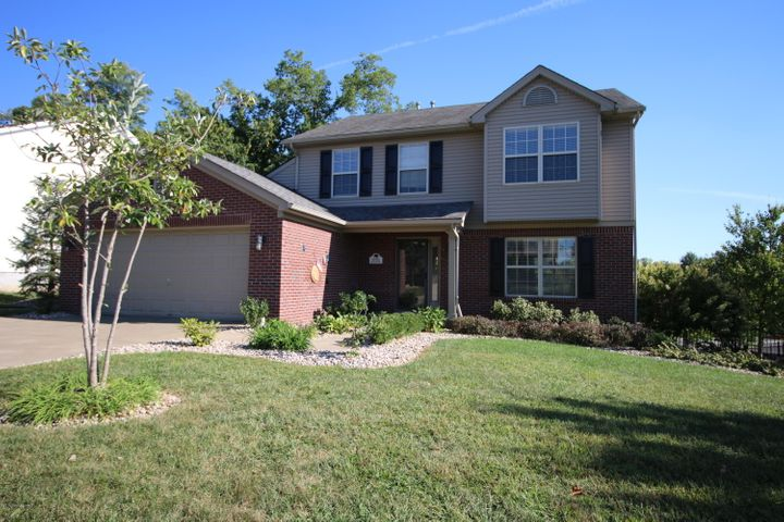4 bedrooms/2.5 baths, 2178 Square Feet; Worthington Place, Corner Lot; A/C Unit just Three Years Old!