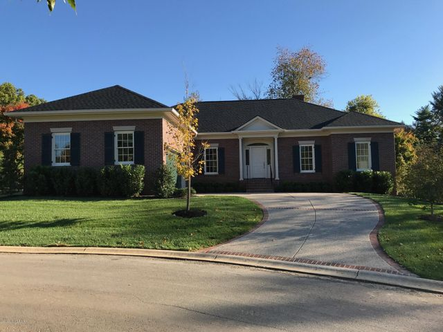 405 Stonehaven Commons Ct, Louisville, KY 40207
