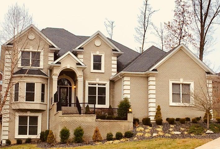 7700 Bella Woods Ct, Louisville, KY 40214