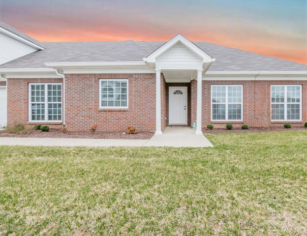 148 Clubhouse Dr, Shelbyville, KY 40065