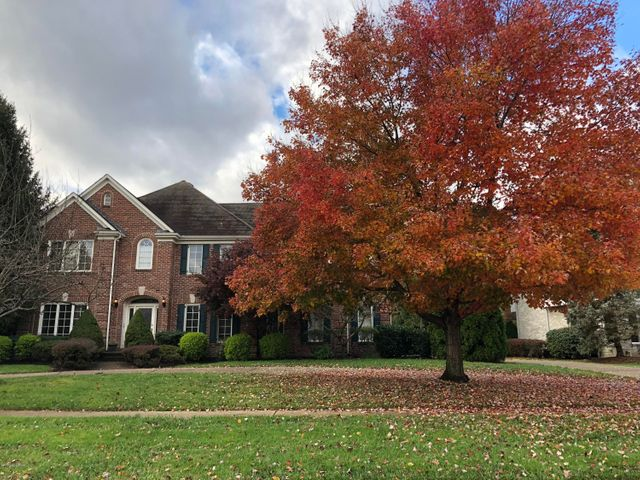 7010 Windham Pkwy, Prospect, KY 40059
