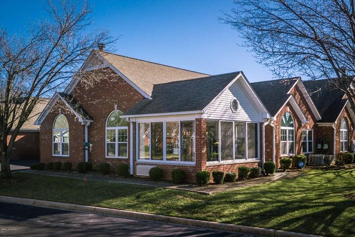 3536 Saint Andrews Village Cir, Louisville, KY 40241