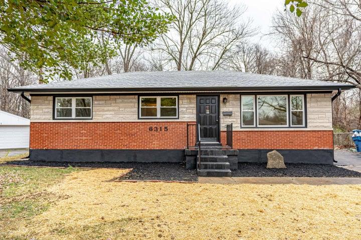 6315 Hunters Grove Rd, Louisville, KY 40216