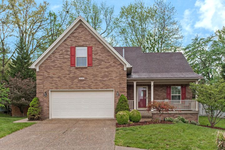 9114 Auburn Woods Ct, Louisville, KY 40214