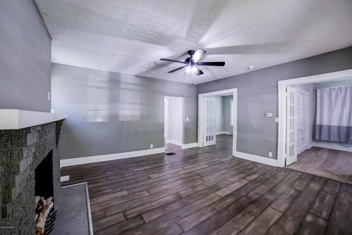 1st Floor - Living Room