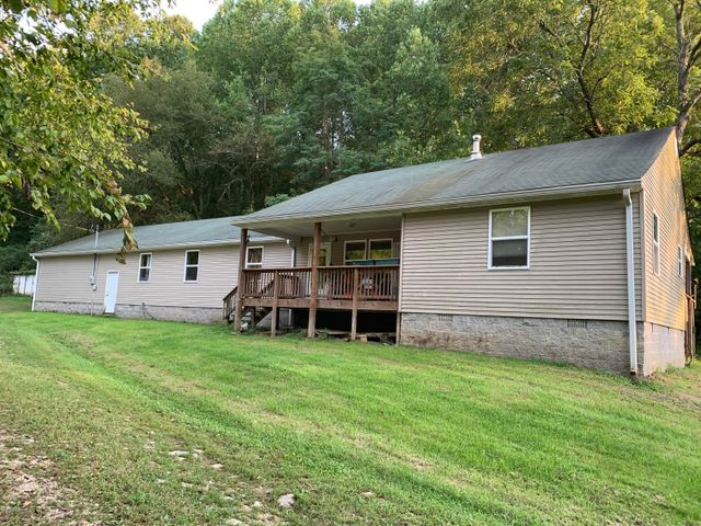 2900 Eighteen Mile Creek Rd, Westport, KY 40077