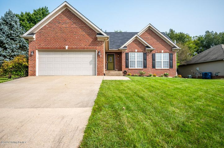 452 Stream View Dr, Shelbyville, KY 40065