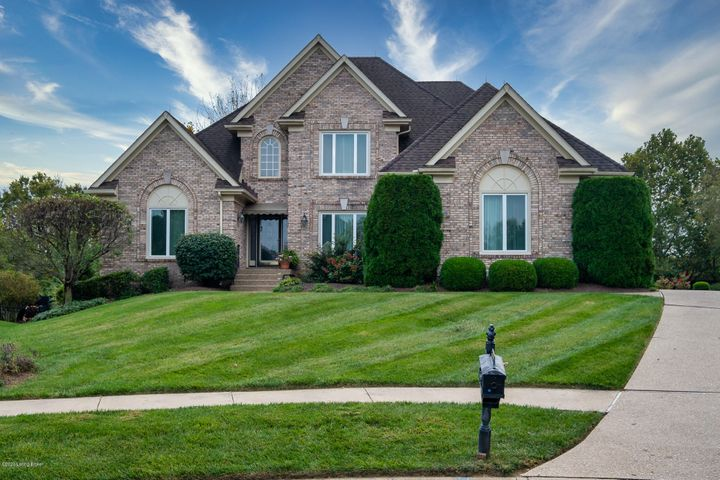 14610 Lake Bluff Pl, Louisville, KY 40245