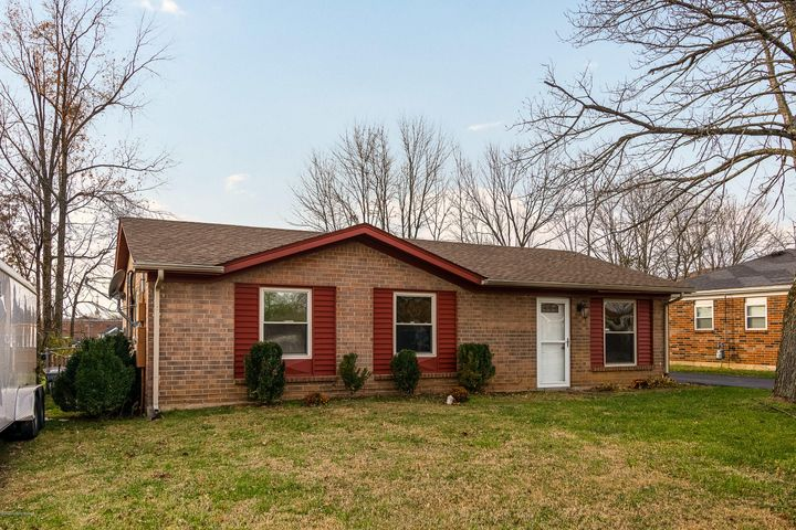 8000 Grenelle Dr, Louisville, KY 40228